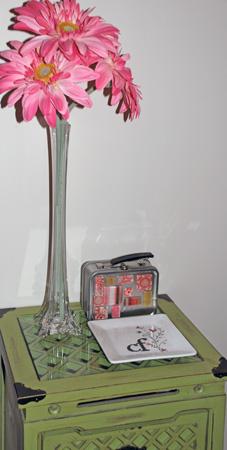 scraproom-green-table